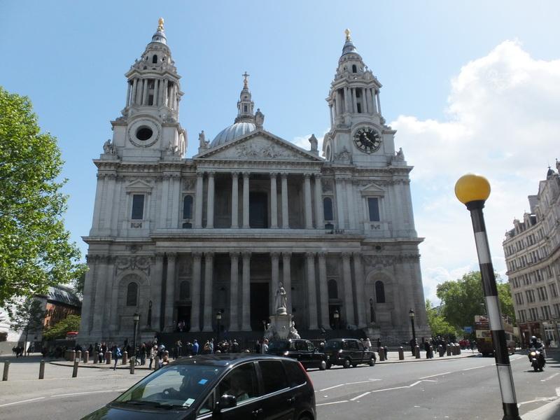 St Paul Haupteingang