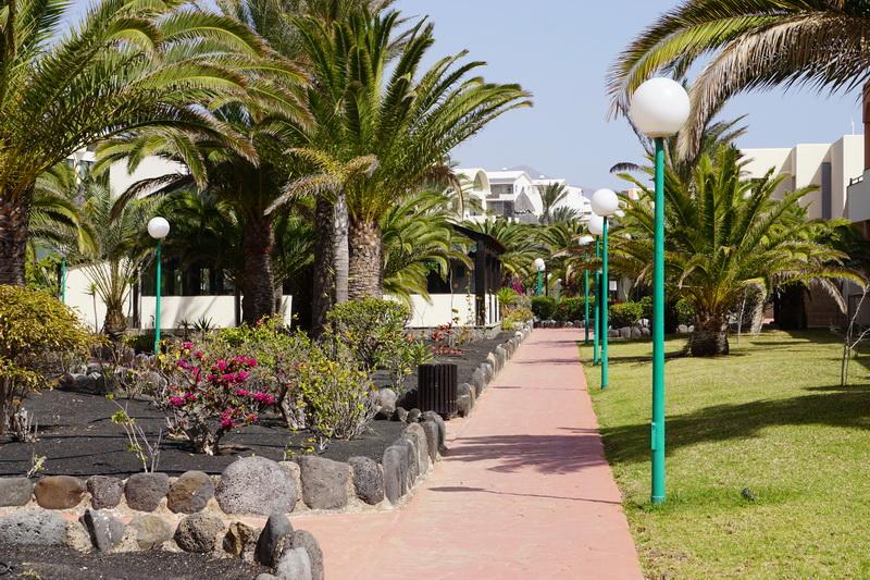 hotel sbh royal monica in playa blanca. Black Bedroom Furniture Sets. Home Design Ideas