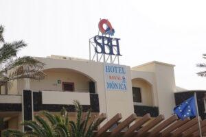 Hoteleingang Hotel SBH Royal Monica