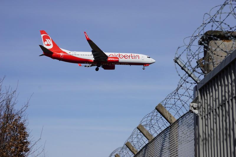 airBerlin landet Flughafen Tegel
