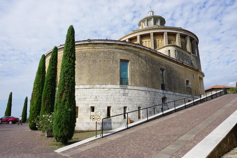 Verona - Santuario Madonna di Lourdes