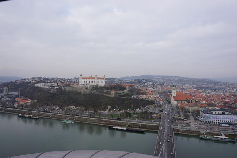 Blick SNP Brücke Bratislava