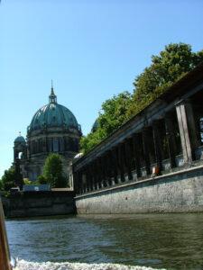 Berliner Dom Spree