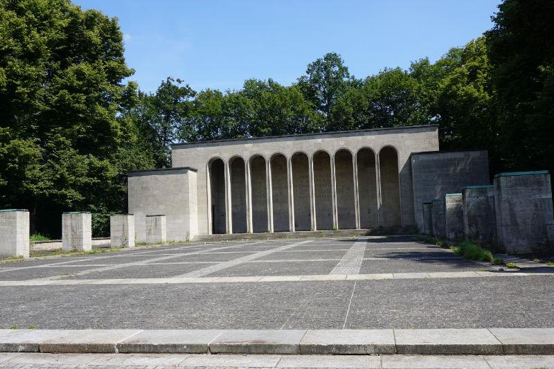 Gedenkhalle in Nürnberg