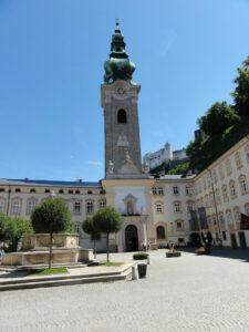 Stift St.Peter in Salzburg - Hauptplatz mit Brunnen