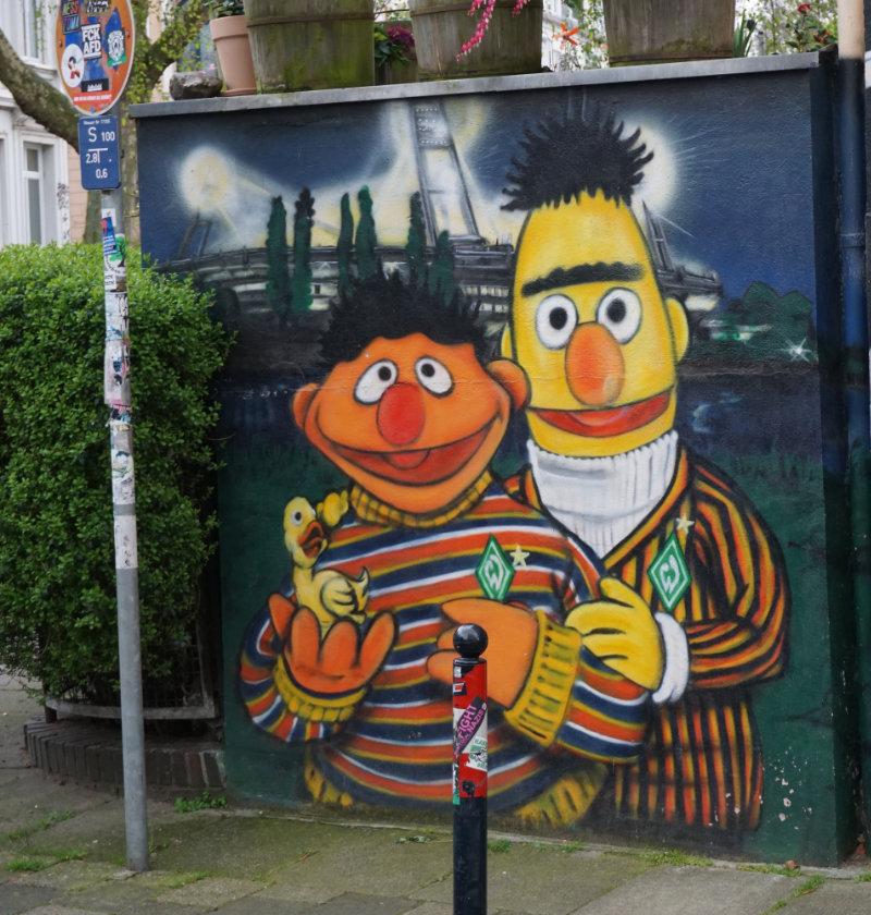 Ernie und Bert sind Werder Fans - Streetart Bremen
