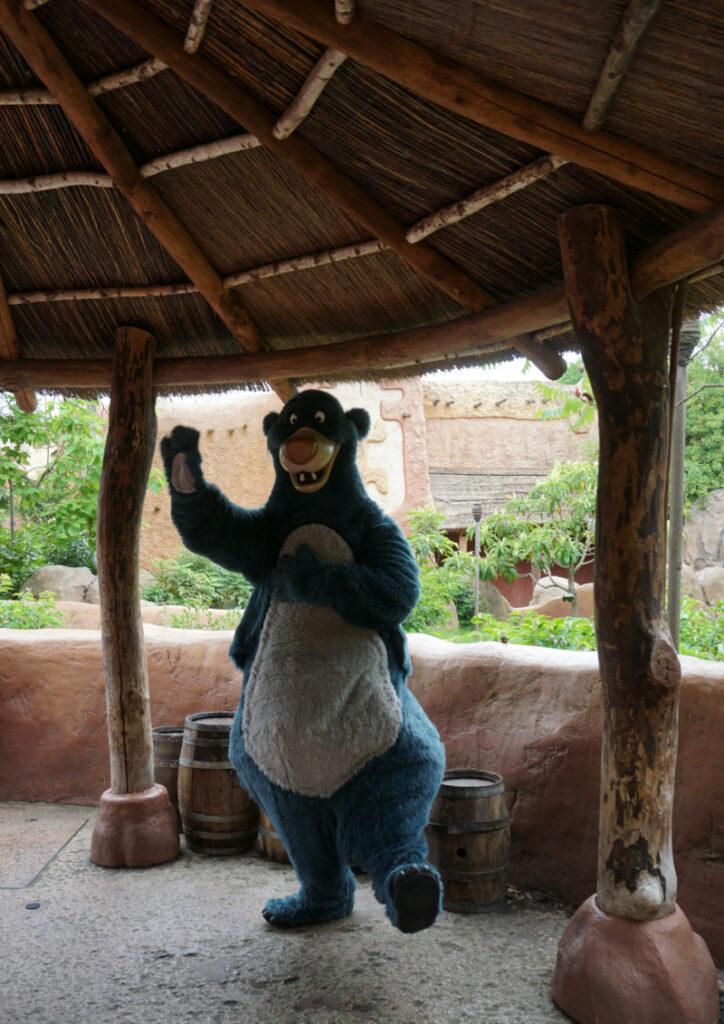 Disneyfiguren erleben Balu