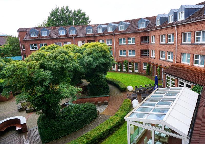 GHOTEL Blick Innenhof