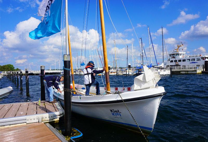 Boot für gesegelte Stadtrundfahrt Kiel