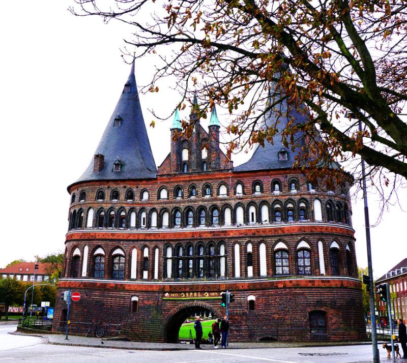 Holstentor Stadtseite