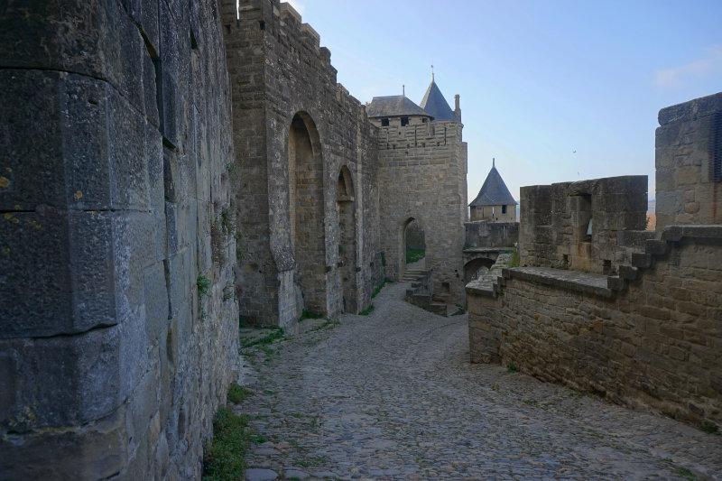 zwischen den Festungsmauern in Carcassonne