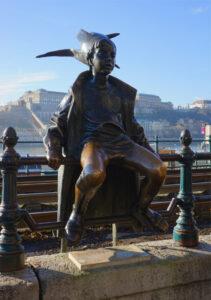 Kleine Prinzessin Statue in Budapest