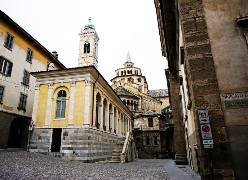 Bergamo Piazza Duomo