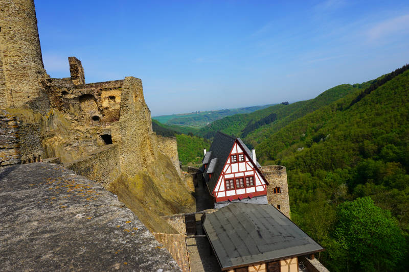 Ehrenburg Burgblick
