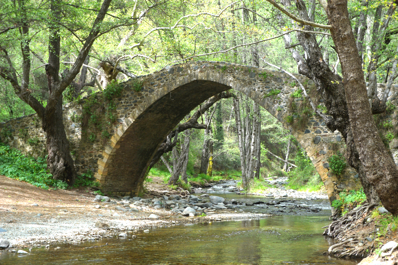 Troodos-Gebirge Kelefos Brücke