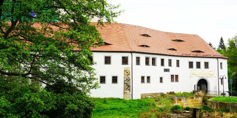 Eingang zum Schloss Klippenstein