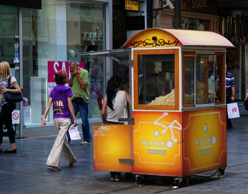 Popcornstand in der Fussgängerzone von Belgrad
