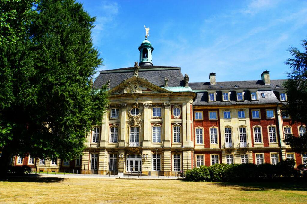 Müster Schloss