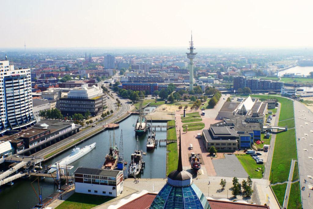 Blick von der Aussichtsplattform SAIL City in Bremerhaven