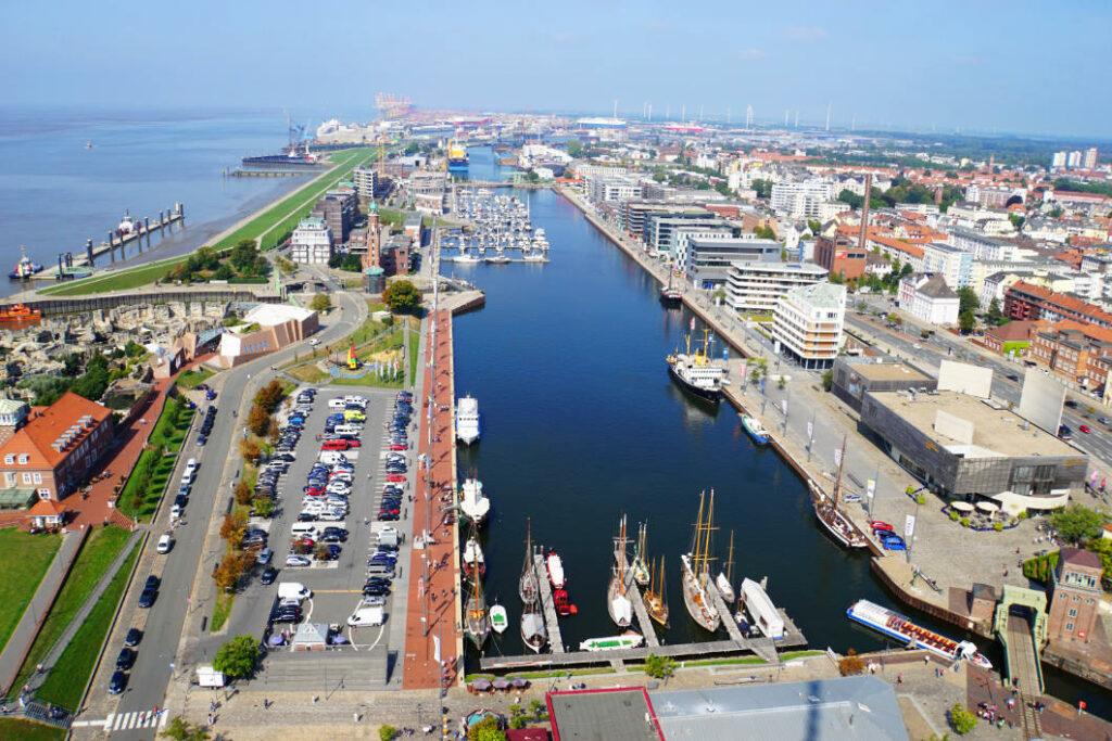 SAIL City Blick Neuer Hafen Bremerhaven