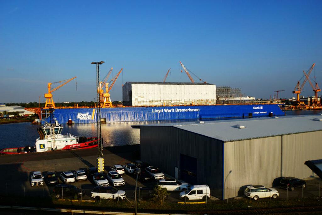 Containerturm Ausblick in Bremerhaven