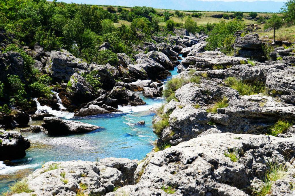 Fluss zu Niagara Podgorica