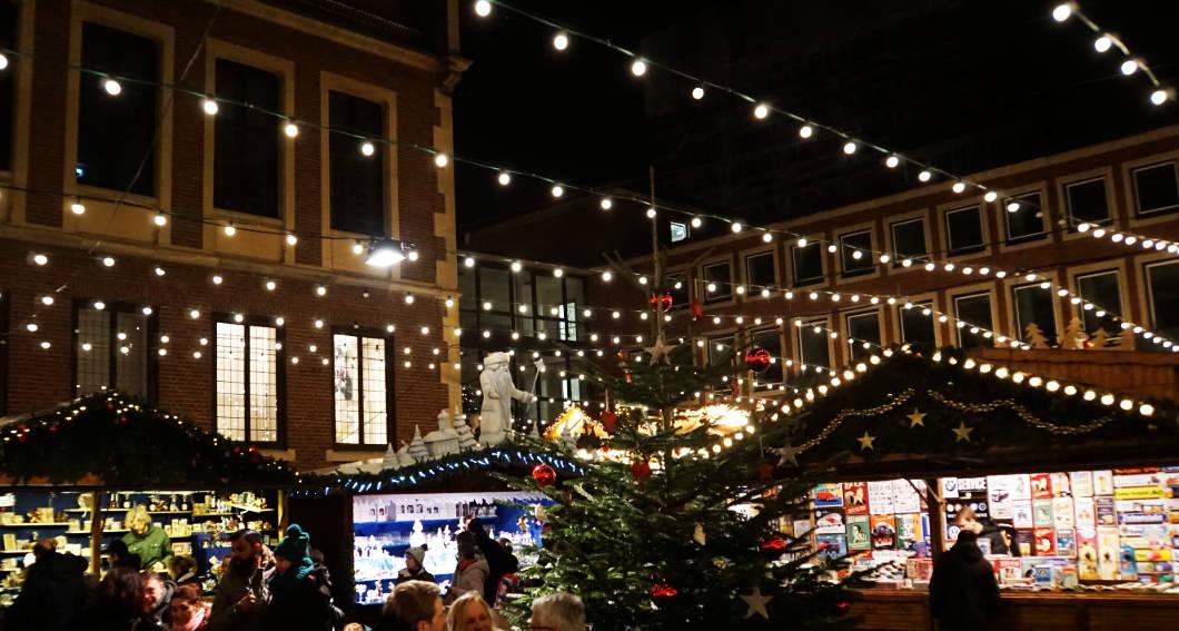Weihnachtsmarkt rund um das Rathaus in Münster
