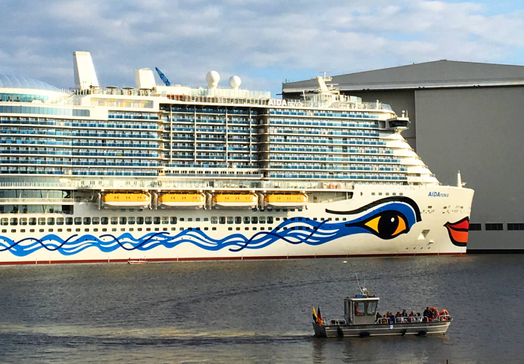 cruise ship in front of the Meyer Werft