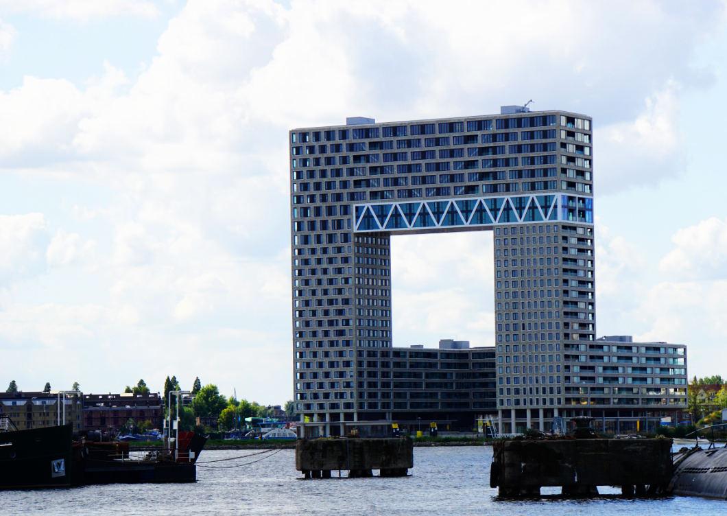 kostenlose Hafenrundfahrt in Amsterdam - moderne Architektur
