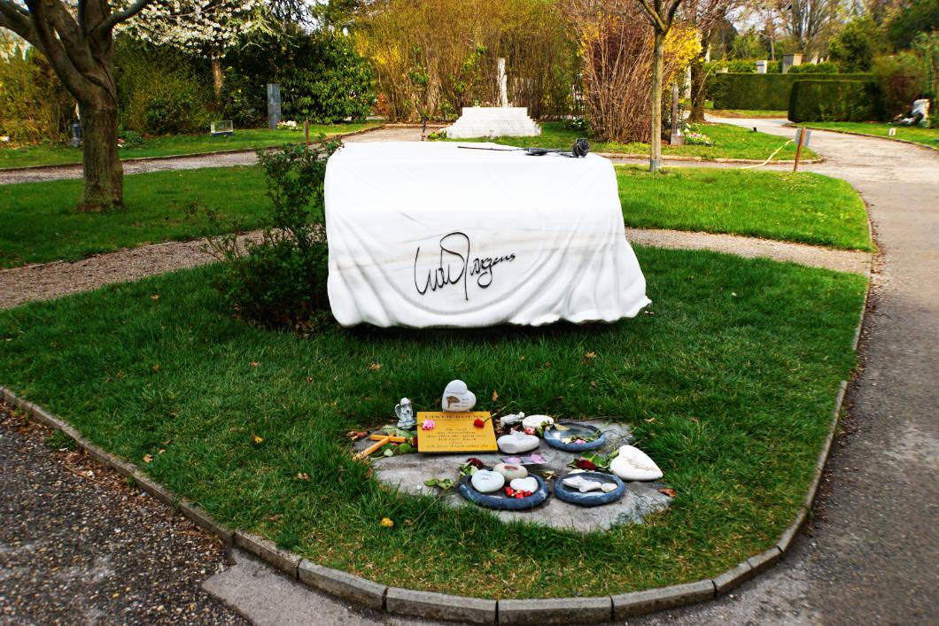 Grab von Udo Jürgens auf dem Zentralfriedhof in Wien