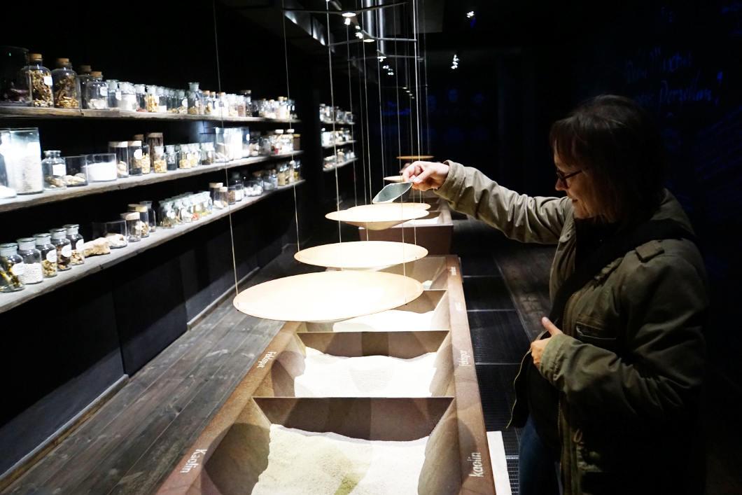 zutaten für Porzellan zusammenmischen