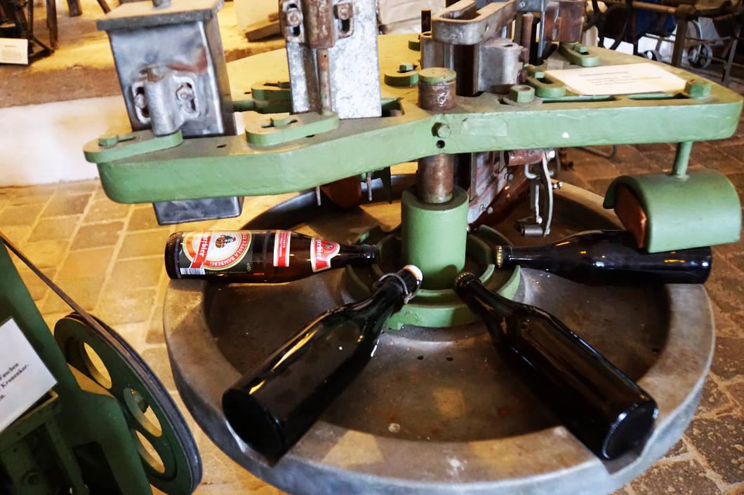 alte Flaschenabfüllung im Brauereimuseum in Bamberg