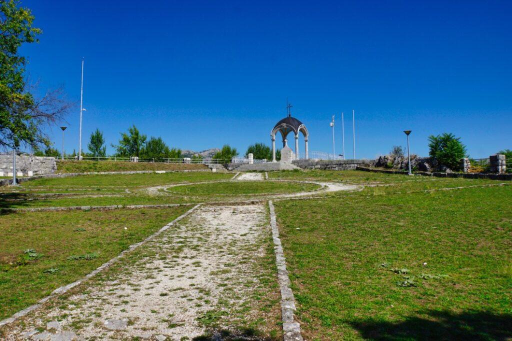 Orlov krš - Mausoleum