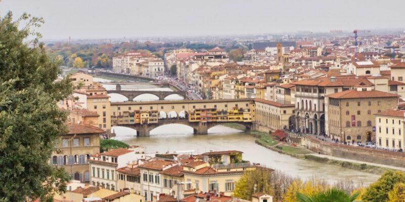 Florenz Blick zut Ponte Vecchio
