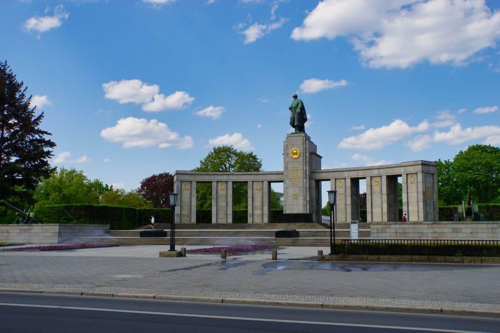 Sowjetische Ehrenmal im Tiergarten