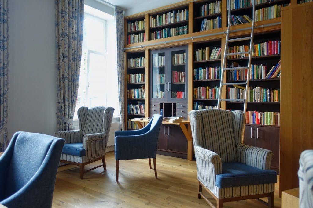 Bibliothek im Gutshaus