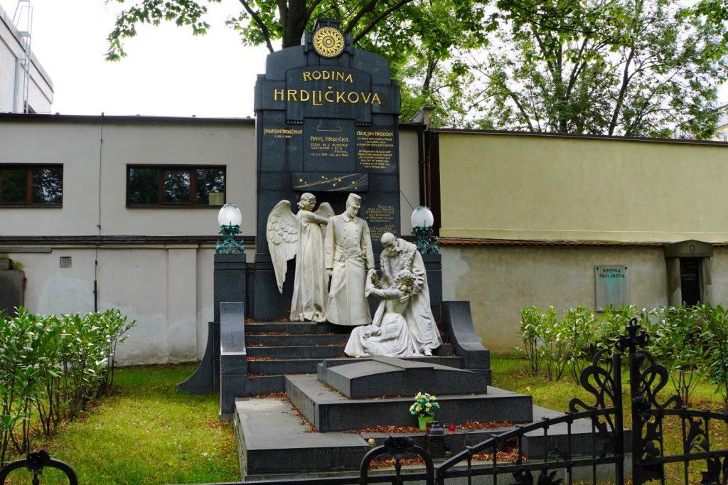 größte Grabmal auf dem Prager Friedhof