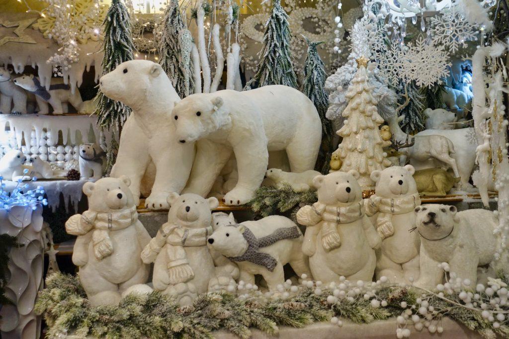 eisbärige Zeit im Weihnachtshaus Karlsbad