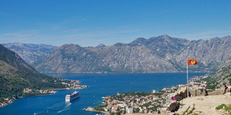 Aussichtsplattform hoch über Kotor