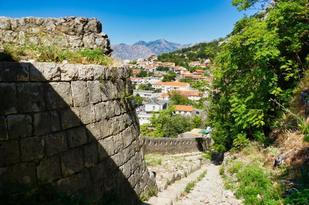 steiler Weg in Kotor