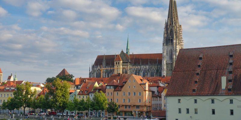 Blick zum Dom von Regensburg