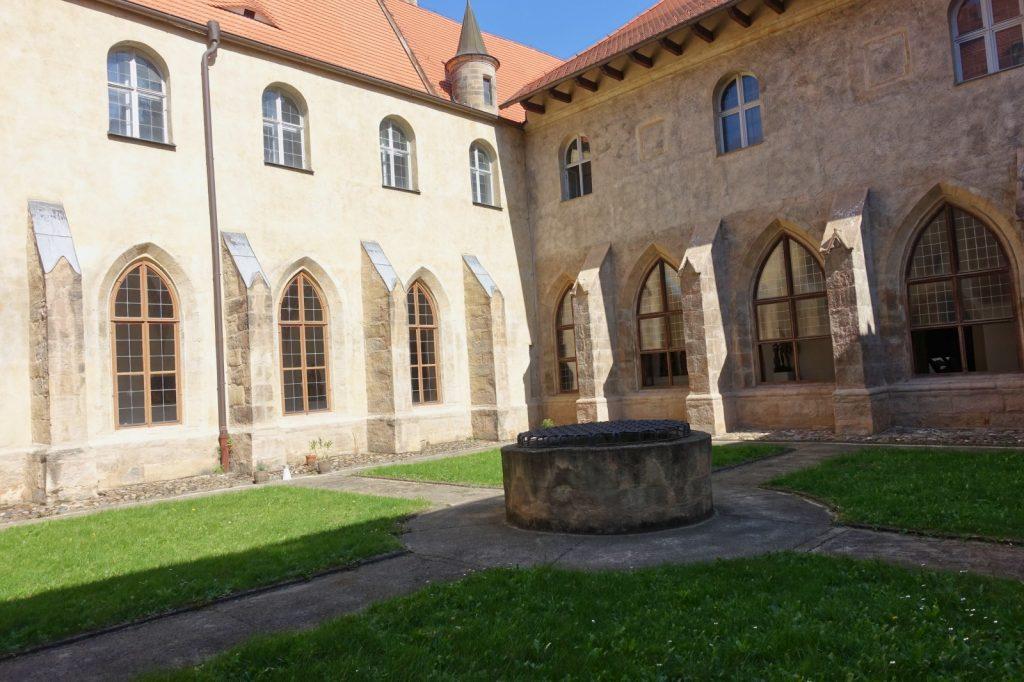 Klostergarten im Franziskanerkloster in Pilsen