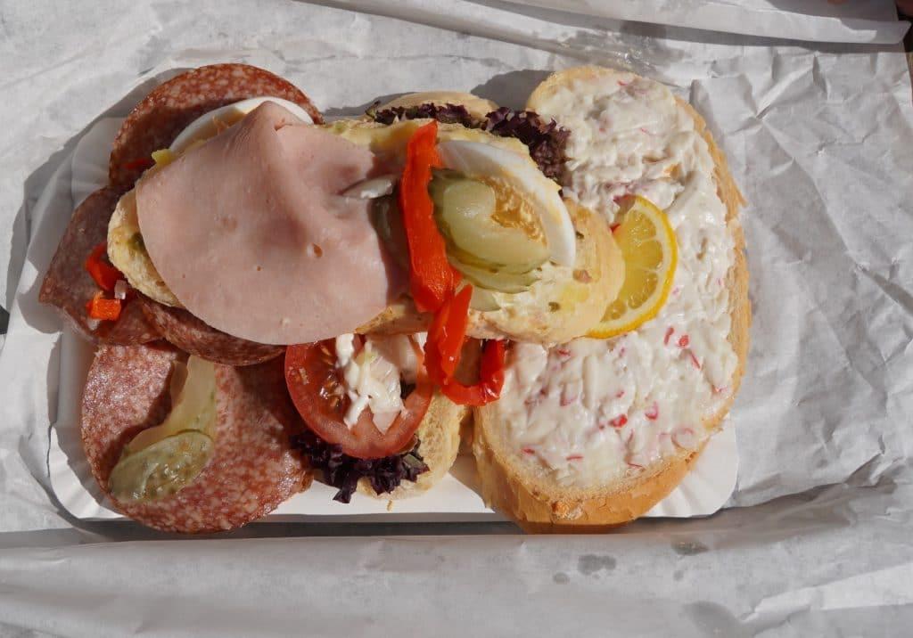 Chlebíčky, Preiswert Essen in Pilsen