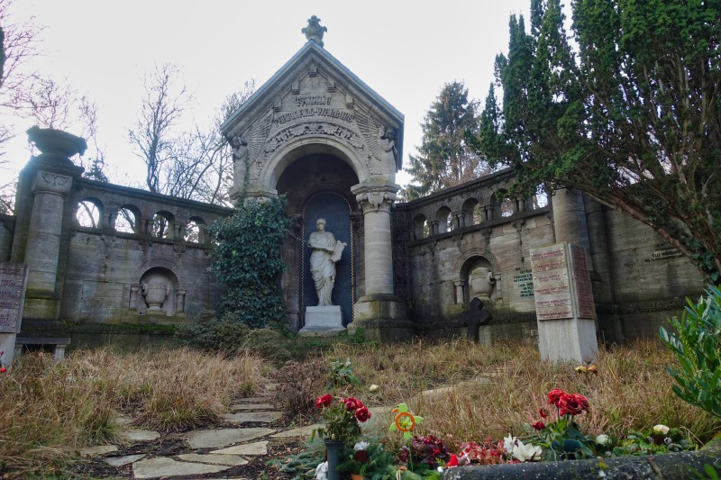 Grab Wartburg - Friedhof Fürstenbrunner Weg