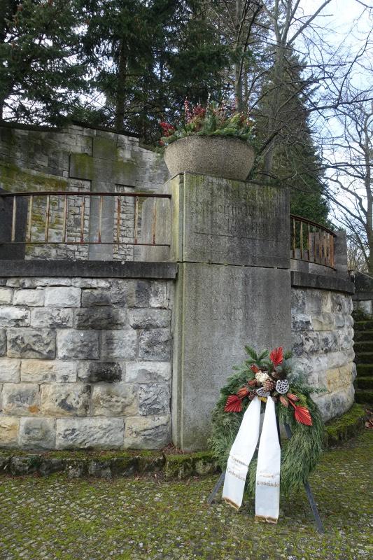 Ehrenmal Friedhof Fürstenbrunner Weg