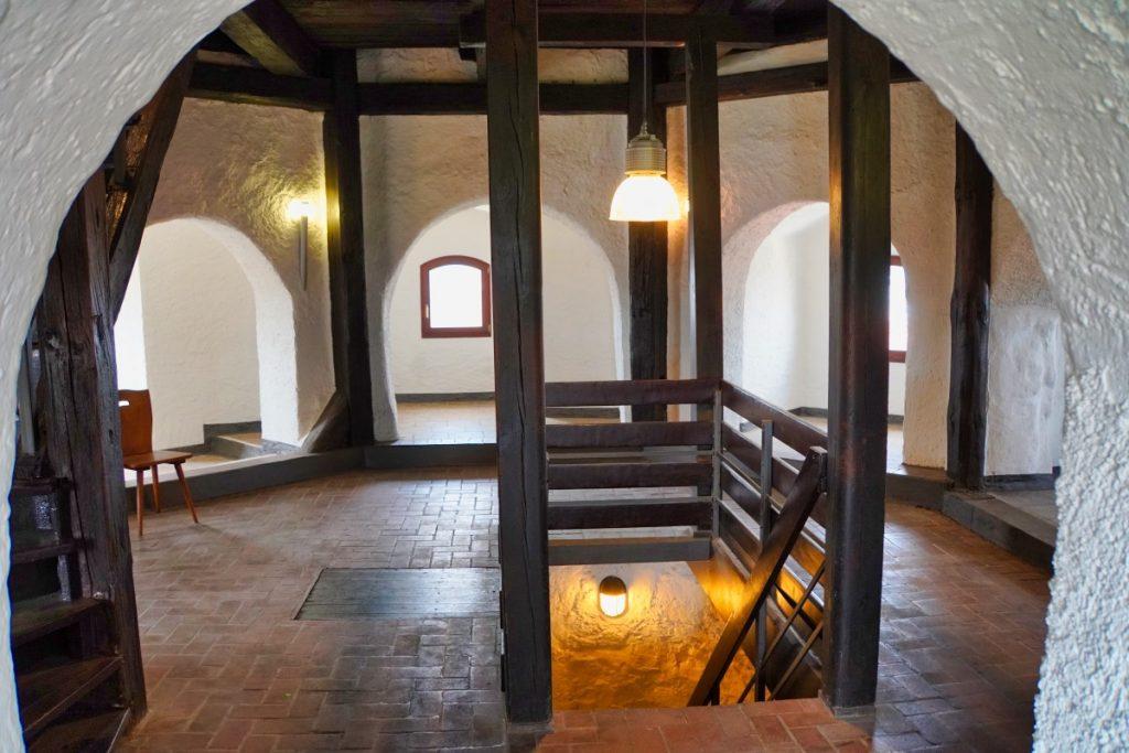 Dicker Turm erste Etage, ehemaliges Café