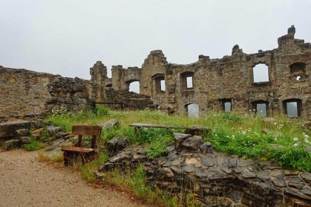 Oybin Ruine der Kloster- und Burganlage