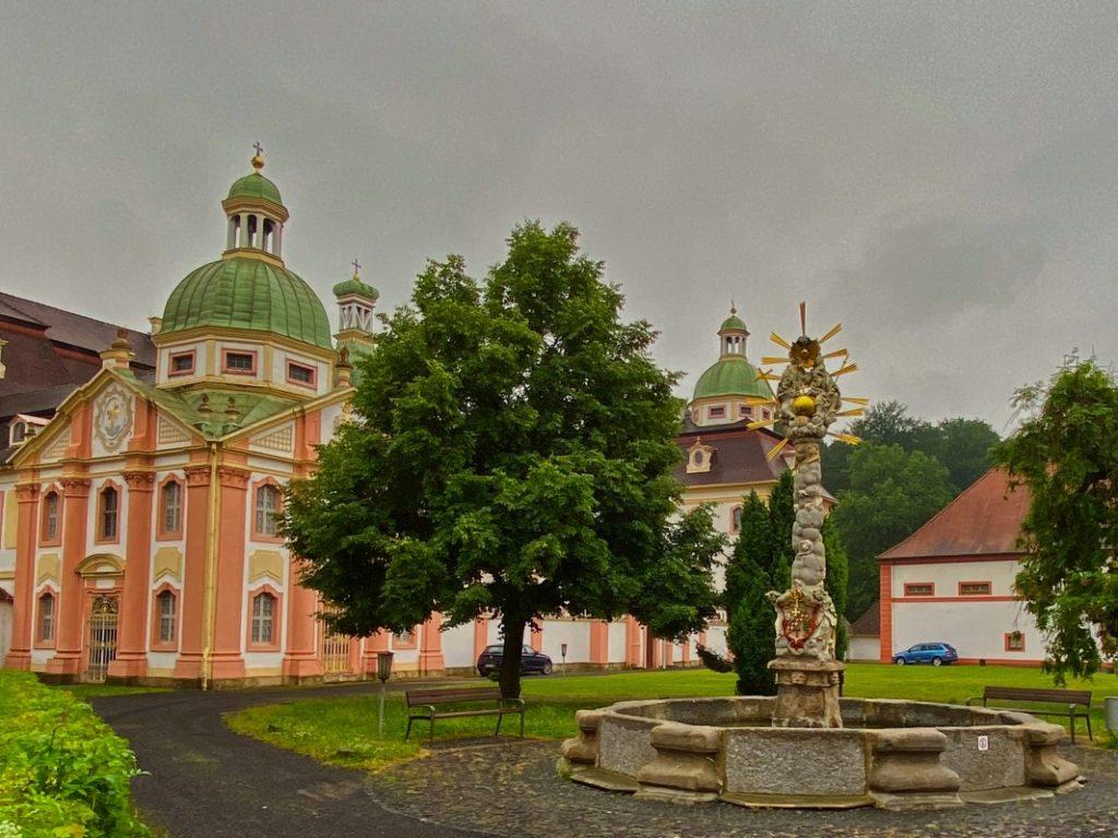 Dreifaltigkeitssäule Kloster St.Marienthal, Pilgern Via Sacra
