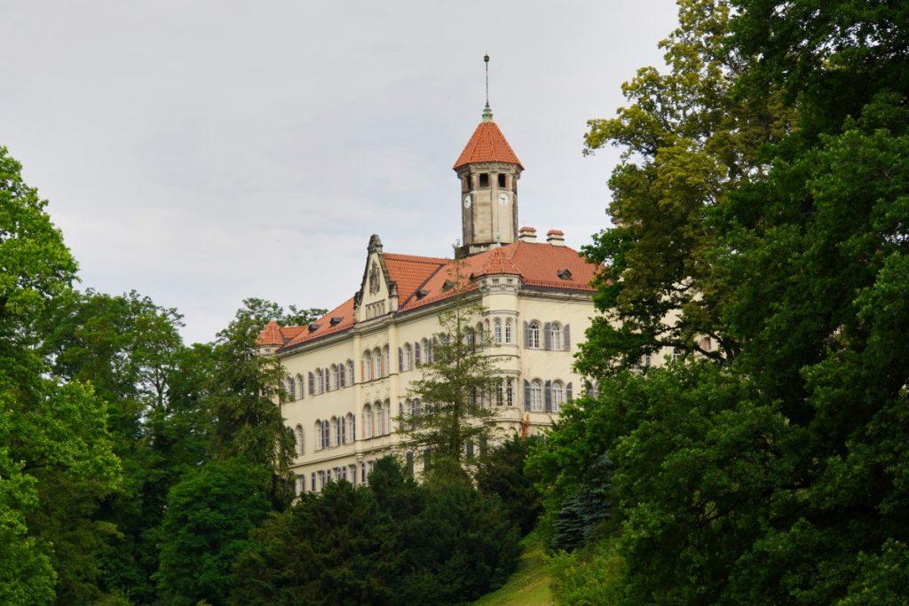 Blick zum Schloss Waldenburg