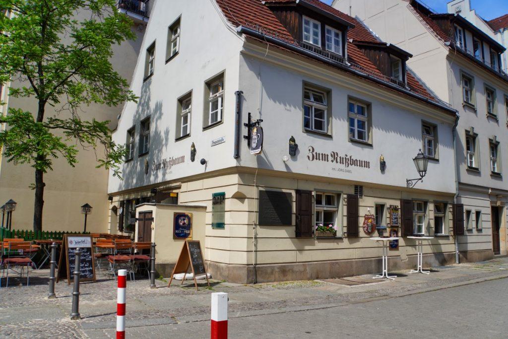 rekonstruierte Gaststätte Zum Nußbaum